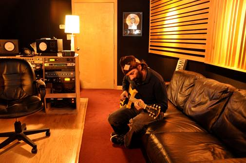 Rick beato interview musician turned rock producer the hub for Living room jazz