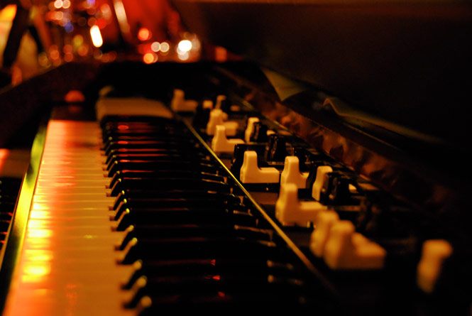 To B3 or Not to B3: In Pursuit of the Hammond B3 Organ Sound