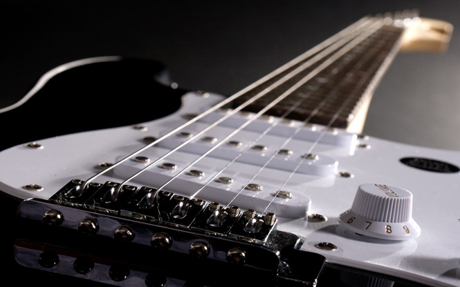 Humbucker vs. Single-Coil Pickups Explained