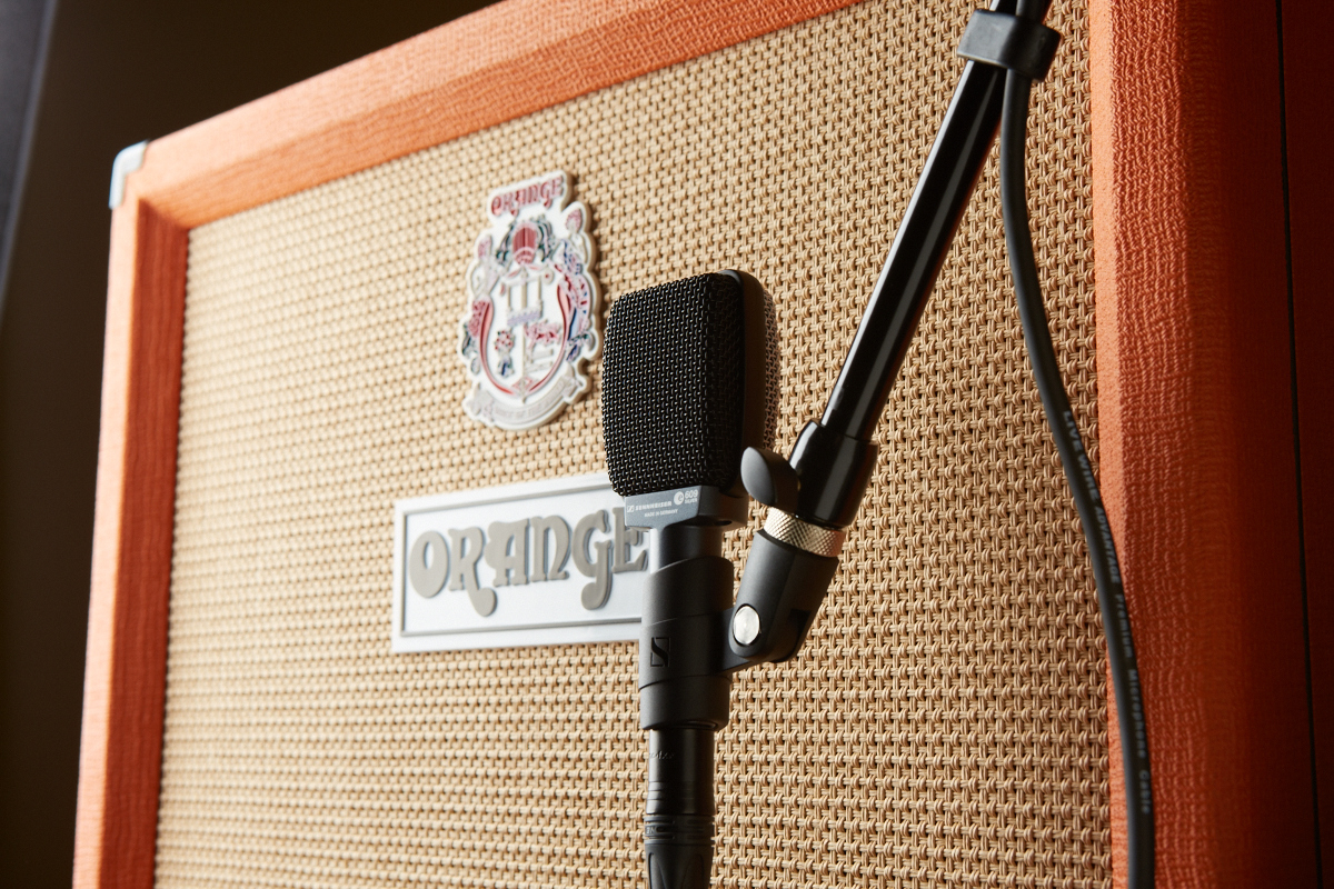Best Guitar Amp Cabinets How To Mic Guitar Amps And Cabs In The Studio The Hub