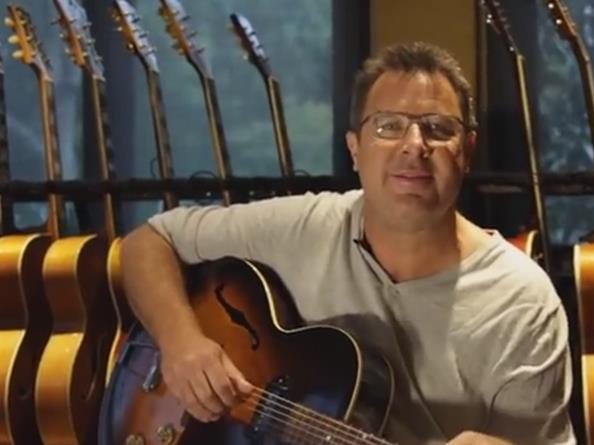 Video: Vince Gill's Guitar Collection